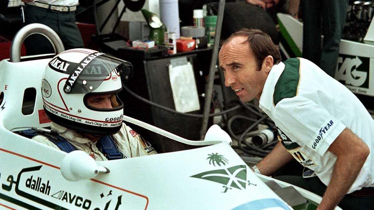 1979-British-GP-Frank-Williams-chats-to-Alan-Jones-prior-to-the-race-Photo-credit-Maureen-Magee